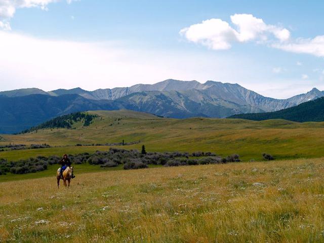 riding_horses_in_montana4