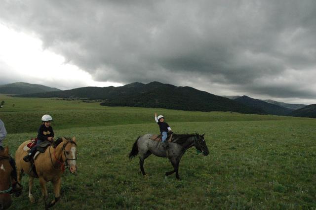 sweet_grass_ranch_kids13