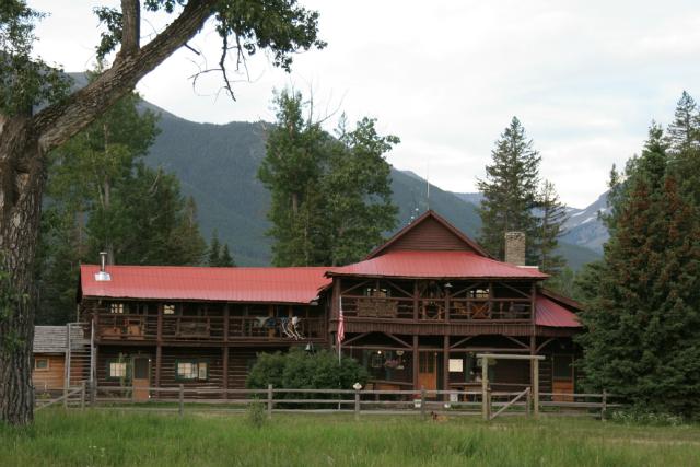 sweet-grass-main-house-lodging