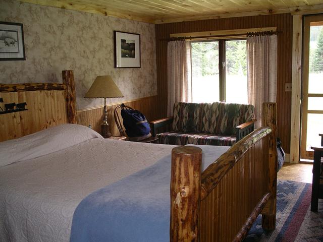 sweet_grass_ranch_lodging12