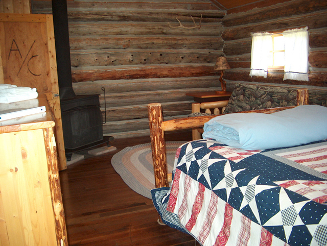 sweet_grass_ranch_lodging5